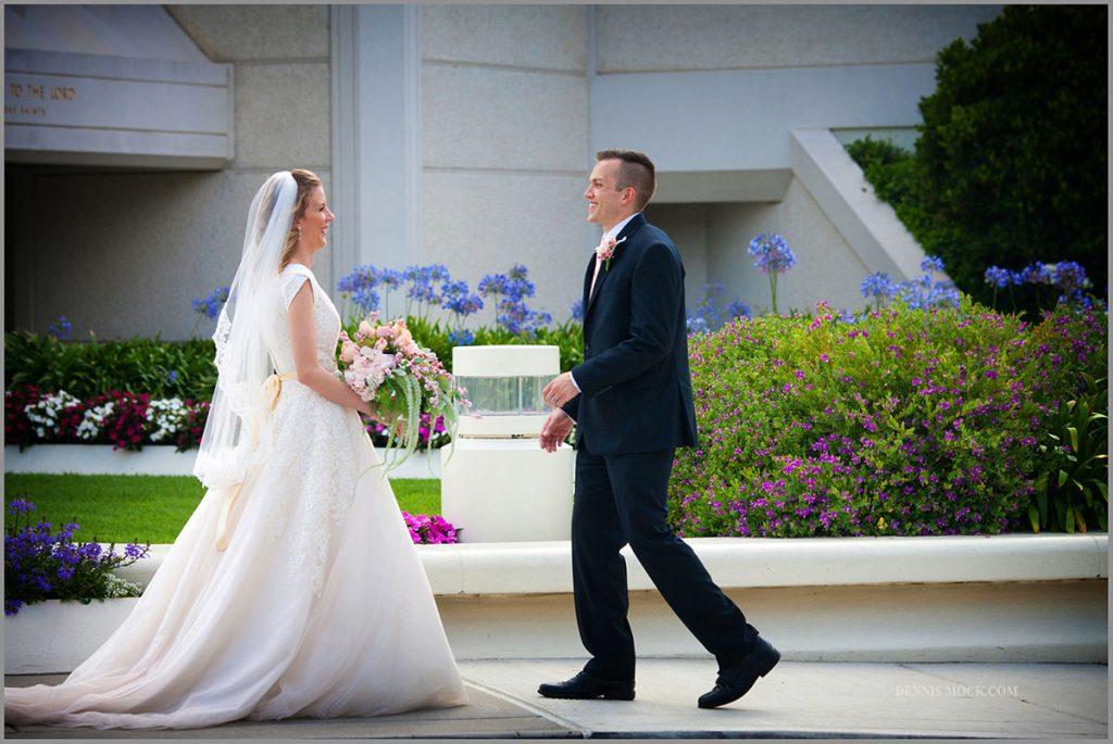 Jennifer Sean San Diego Las Wedding Cpoule Kissing